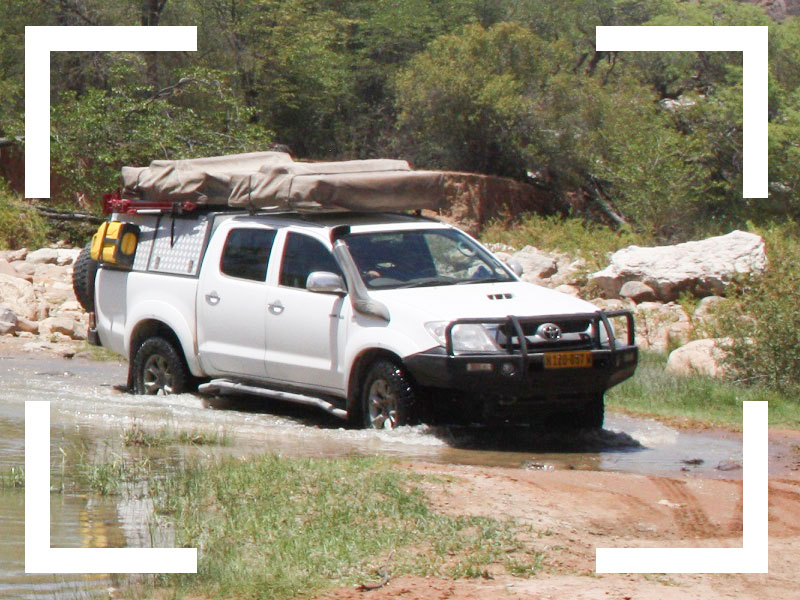 4x4-Car-rental-Namibia-Extra-Options-Navigation and communication-4x4-training