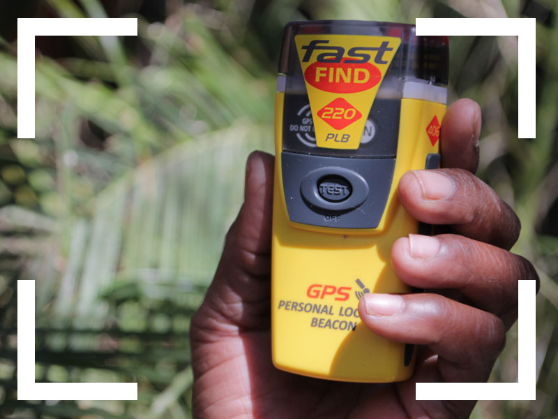 4x4-Car-rental-Namibia-Extra-Options-Navigation and communication-Fastfind-beacon