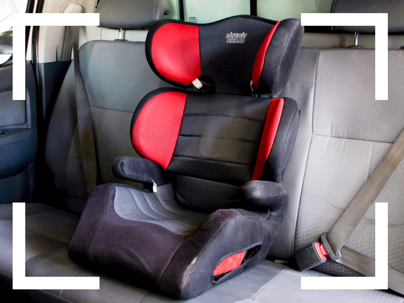 4x4-Car-rental-Namibia-Extra-Options-Navigation and communication-Child-seat