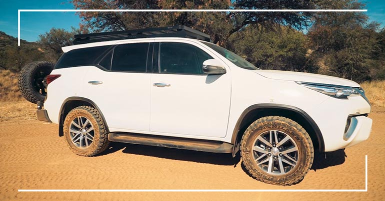 4x4-Car-rental-Namibia-Toyota-Fortuner2.8GD-4x4-Stationwagon-05
