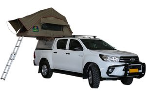 4x4 Car rental-Namibia-Toyota-Hilux-2.4TD-4×4-Double-Cab-Automaat-1-2-pers-04