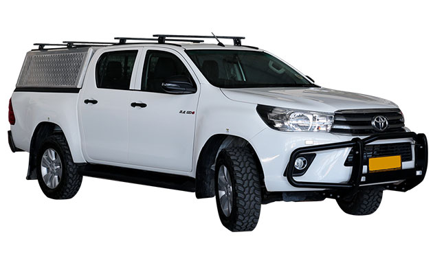 4x4-Car-rental-Namibia-Toyota-Hilux-2.4TD-4x4-Double-Cab-4pax_01